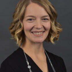 Dr. Amanda Karsten